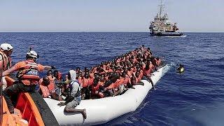 Mais de 10 mil migrantes resgatados no mar entre a Líbia e a Síria