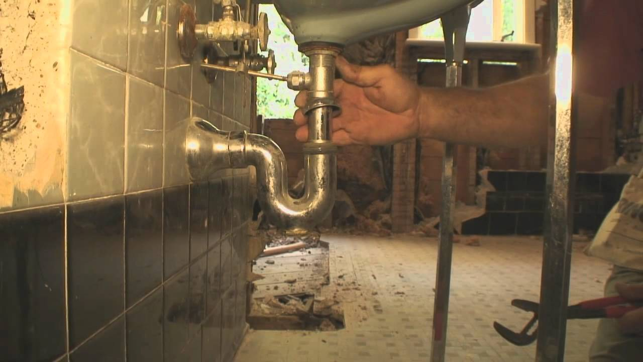 how to disconnect a kitchen sink how to remove an bathroom sink 8632