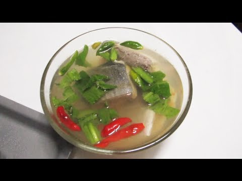 Tom Yum Pla (Thai Sour And Spicy Fish Soup)