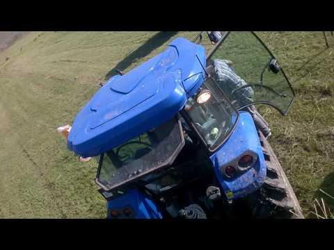 sevimli köyü çayırda kalan traktör johndeere 2