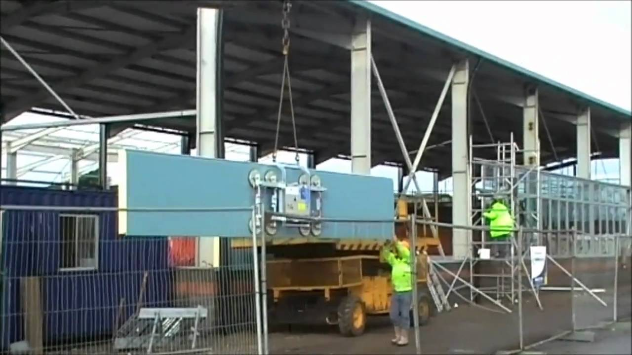 Vacuum Cladding Lifter For Composite Wall Panels Youtube