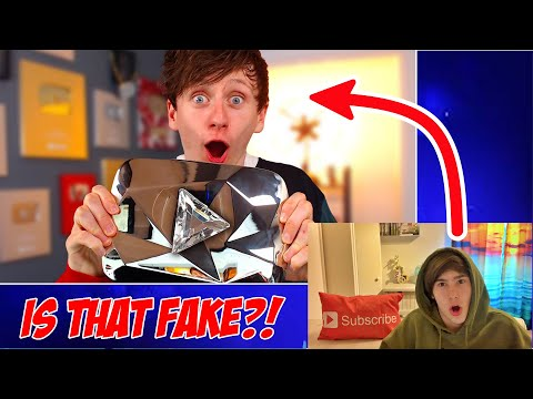 I Tricked Youtube Into Giving Me a DIAMOND PLAY BUTTON Reaction