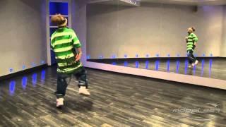 Саша Алехин - урок 3: видео уроки танцев хип хоп(Преподаватель Model-357 Lab. 357.ru/teachers/aleksandr-alexin С помощью этого видео по хип хоп танцу можно изучить базовые движ..., 2011-08-04T20:54:29.000Z)