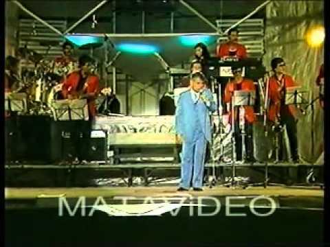 Wan Anum - Ahmad Daud menyanyi lagu Pontianak