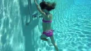 Repeat youtube video Carla underwater