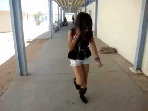 Girls Shuffling at School On a Boring Day with AUDIO!!!