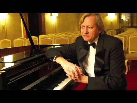 "Alexei Kornienko - S. Rachmaninov ""Moments Musicaux"" Nr. 5 in D - flat Major op. 16"