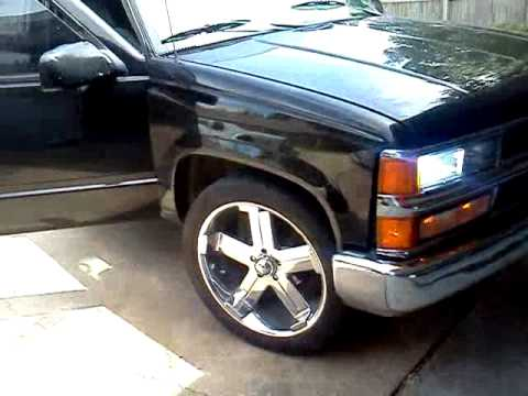 95 chevy silverado on 22s - YouTube