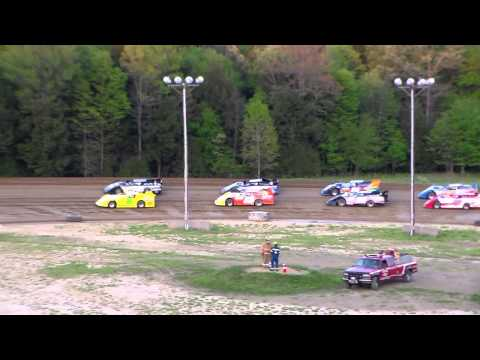 Dog Hollow Speedway - 5/15/15 Super Late Models, Heat Race #1