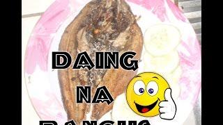 Daing na bangus (Marinated Milkfish in Vinegar and Garlic  )