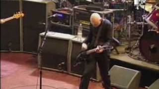 smashing pumpkins - bullet with butterfly wings (live mtv london 2001)