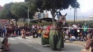 El Seguici Popular de Barcelona per Sant Simó a Mataró - Ball de la Mulassa de Barcelona (Gegants)
