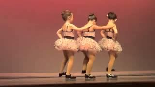 Garotinha arrebenta em apresentação de dança imitando Aretha Franklin Respect thumbnail