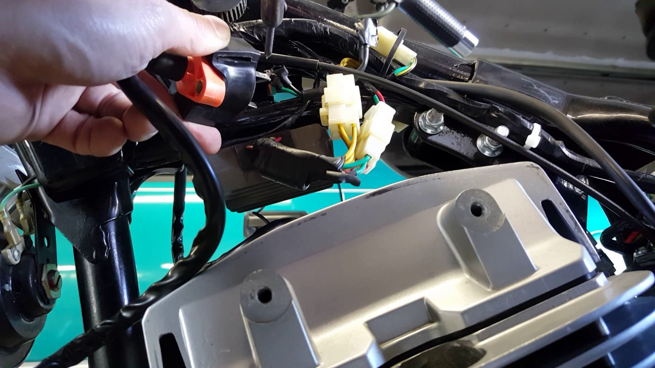 baja phoenix 250cc motorcycle ignition coil replacement [ 1280 x 720 Pixel ]