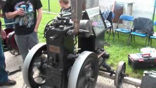 Historické traktory Kropáčova Vrutice 2011