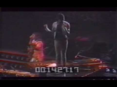 The Jacksons - Opening + Can you feel it - Live in concert 1981