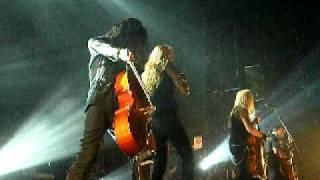 Apocalyptica - End of Me feat. Tipe Johnson (Москва 12.08.2010)