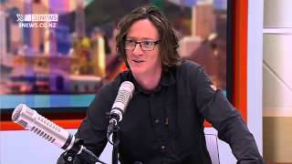 Ed Byrne: Ladies need to put out on the first date
