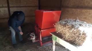 Измельчитель соломы, сена с двигателем от мотоблока.