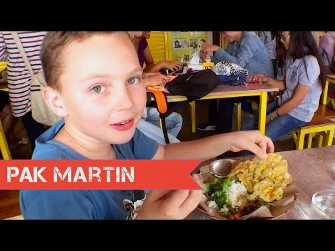 Loving Hut Makanan Vegetarian, Kuliner Jogja    Vlog 346