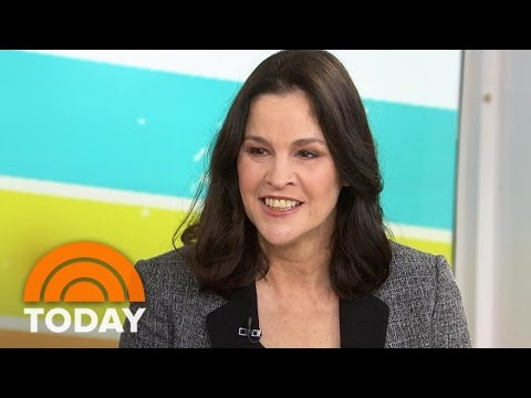 Ally Sheedy Talks Dark Comedy 'Little Sister,' Teaching Film  TODAY