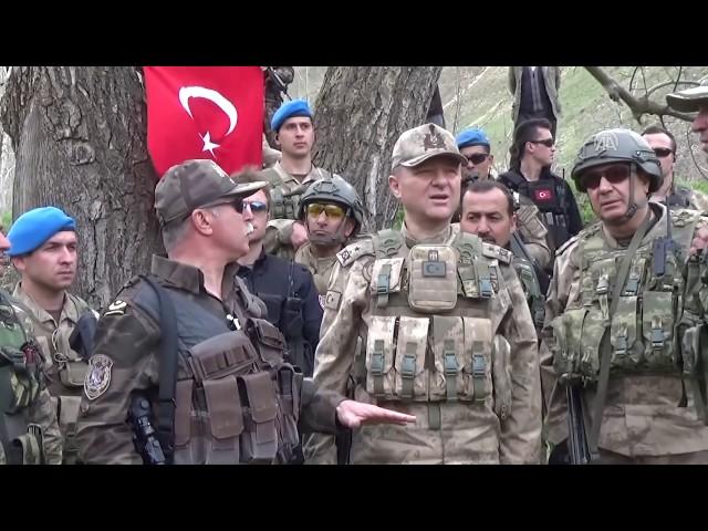 Mehmetçik karlı dağları teröristlere dar ediyor - HAKKARİ