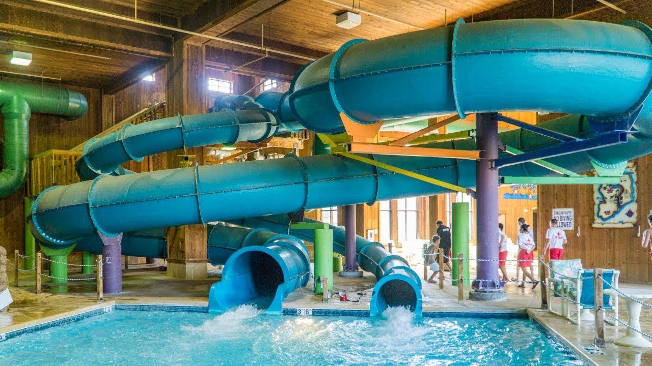 hilo twist turn waterslide polynesian water park resort wisconsin dells
