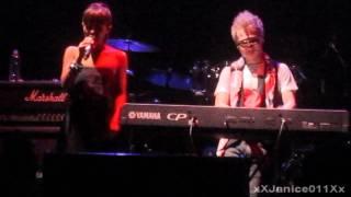 [08.27.11] 丁噹 ft. 廷廷 - 冷血動物 @ Toronto TELUS Taiwan Festival