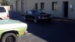 MotorKing 427 Windsor Stroker 1967 Mustang lighting it up