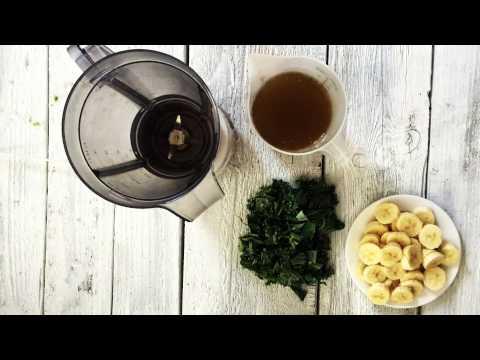 How to Make a Kale, Avocado and Green Tea Smoothie