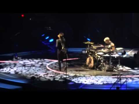 Muse 27 février 2016 Drones World Tour Bercy AccorHotels Arena full Concert