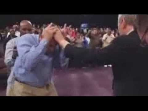 Rod Parsley - Instant deliverance during sermon
