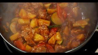 Китайская свинина с овощами и ананасом / рецепт от шеф-повара /  Илья Лазерсон / Обед безбрачия