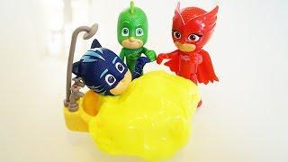 I Pj Masks Super Pigiamini intrappolati nella vasca dal Ninja della Notte [Storia]