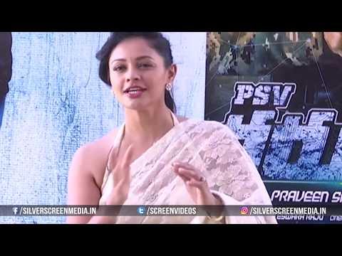Pooja Kumar Adjusting her Saree in Live Interview @ Pooja Kumar Wardrobe Malfunction thumbnail