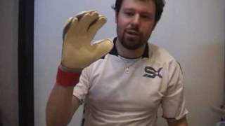 Вратарские перчатки UHLSPORT CERBERUS ABSOLUTGRIP L(, 2009-12-10T00:05:58.000Z)