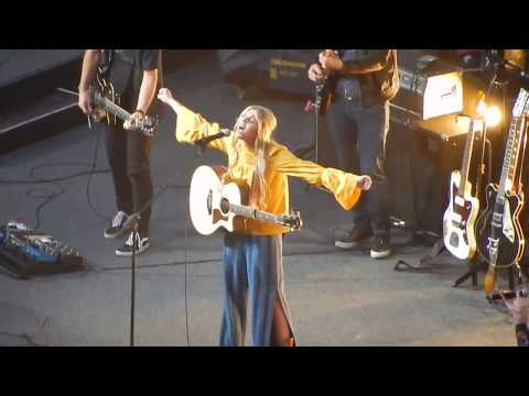 Brennley Brown - Christrian Song at SoCal Harvest 2017