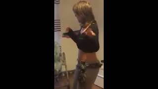 Meryoula Dance Way Way Zela Hballl 2017