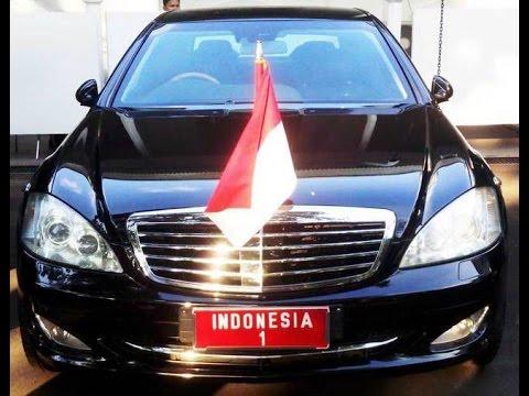 Mobil Kepresidenan Indonesia seri Mercedes Benz S600 model W221
