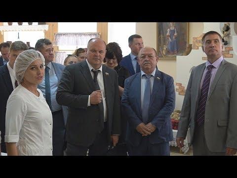 Визит членов Совета Федерации на «Волжский пекарь»