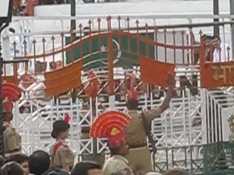 Wagha Border Ceremony ::: Pakistan v India :::: Soldiers standoff, gates opening & a panorama Travel Video