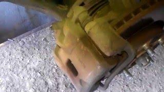 hyundai tucson замена передних тормозных дисков и колодок