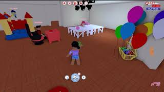 SuperSonis Reacts! - SSM Reacts To: LIVING WITH MY CRAZY FRIENDS | ROBLOX - (By: Aphmau)