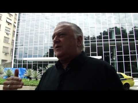 Luiz Santoro Apresentador do Jornal da Manchete