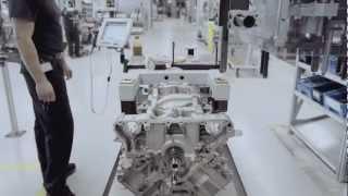 Mercedes-AMG : Un homme, un moteur.