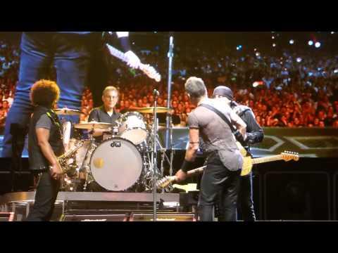 Bruce Springsteen - Rockin All Over The World - Hunter Valley 23 February 2014