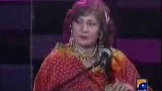 Umer Sharif interview with Pakistani Heroine.flv