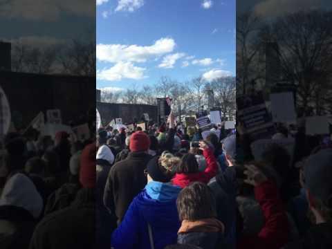 Sen. Kirsten Gillibrand at the #NoBanNoWall rally