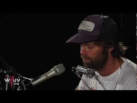 "Neil Halstead - ""Wittgenstein's Arm"" (Live at WFUV)"
