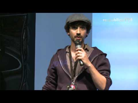 re:publica 2016 – MEMEWARS: of gif campaigns and gamer politics on YouTube